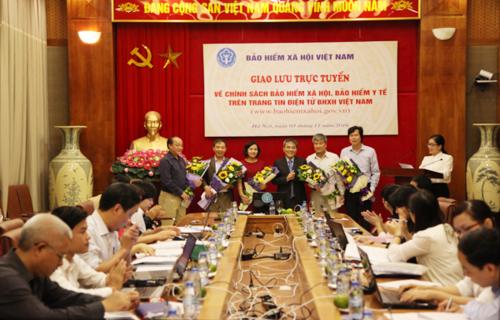 Giải đáp về chế độ bảo hiểm xã hội, y tế của BHXH Việt Nam